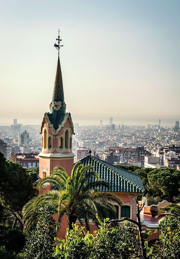 View of the exterior with Barcelona in the backgrounds